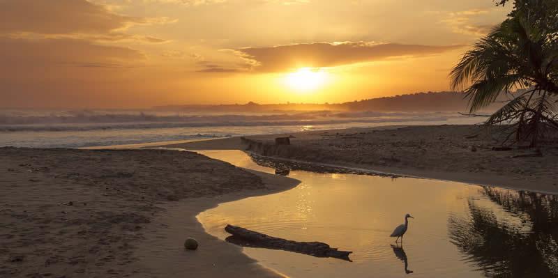 tramonto sul mare in Costa Rica